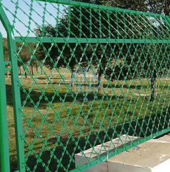 Welded Razor Wire Mesh Fence